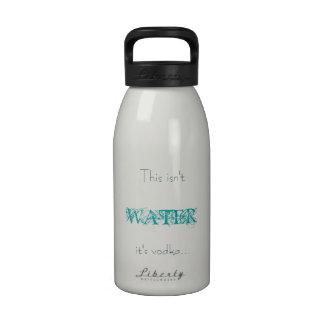 Ce n'est pas l'eau bouteilles d'eau