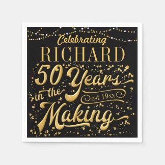 Célébrant 50 ans dans la fabrication (cinquantième serviettes jetables