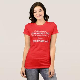 Célébration d'audacieux rouge de femmes de jour de t-shirt