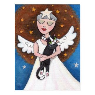 Celeste et sa carte postale de chat
