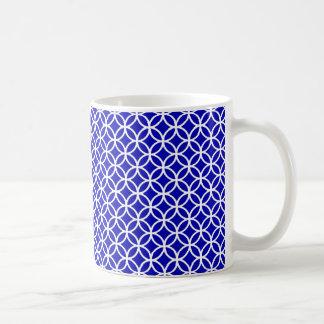 Cercle blanc bleu de la vie mug