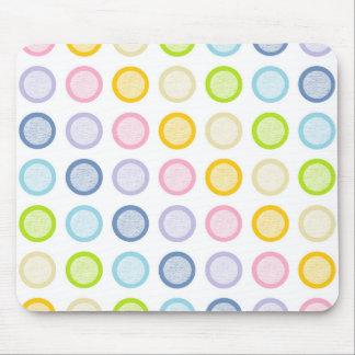Cercles en pastel de charge statique d'arc-en-ciel tapis de souris