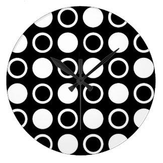 Cercles et pois blancs grande horloge ronde