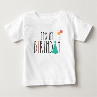 C'est ma pièce en t d'enfants de bébé t-shirt pour bébé