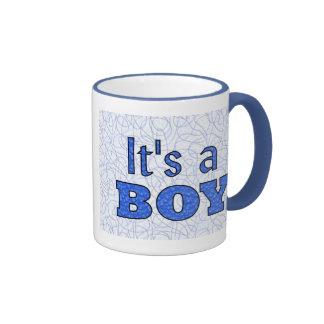 C'est un garçon tasse