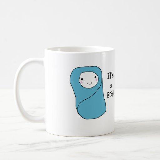C'est un nouveau faire-part de naissance de bébé d mugs