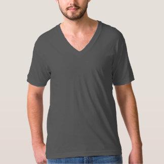 C'est un V - T-shirt de cou !