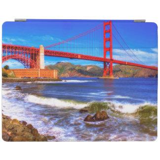 C'est une image de HDR de 3 tirs du Golden Gate Protection iPad