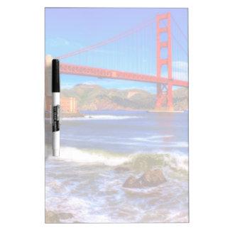 C'est une image de HDR de 3 tirs du Golden Gate Tableaux Blancs Effaçables À Sec