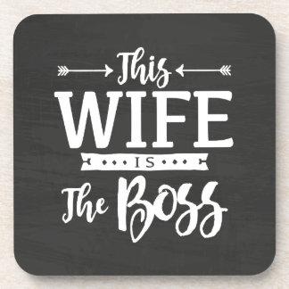 Cette épouse est le patron sous-bocks