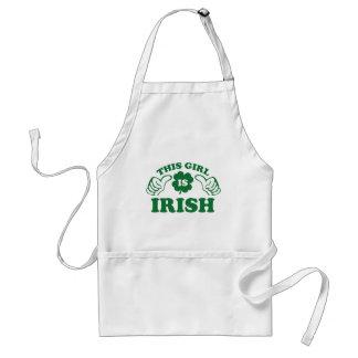 Cette fille est irlandaise tablier