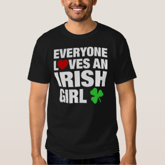 Chacun aime une fille irlandaise t-shirts