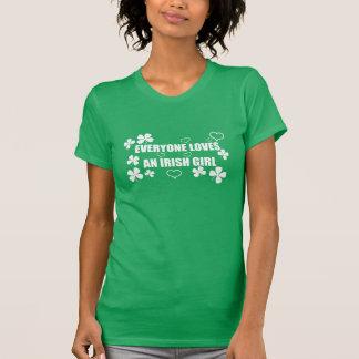 Chacun aime une fille irlandaise t-shirts