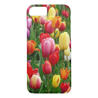 Champ coloré de coque iphone de fleurs de tulipes