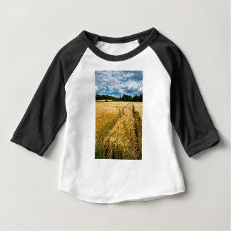 Champ de blé doré au Brandebourg T-shirt Pour Bébé
