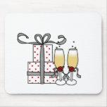 Champagne et cadeaux Mousepad Tapis De Souris