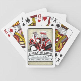Chanceux dans les cartes de rouge de noir d'amour cartes à jouer