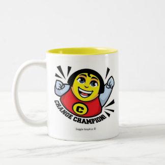 Changez le jaune de tasse de champion à