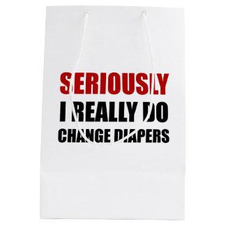 Changez sérieusement les couches-culottes sac cadeau moyen