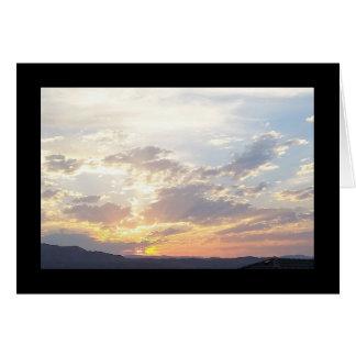 Chanson de coucher du soleil d'été de solénoïde. carte de vœux
