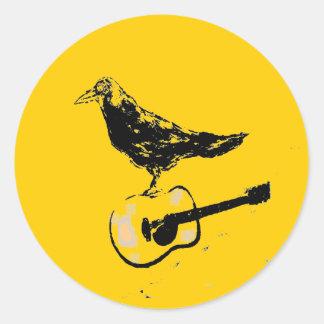 chanson de guitare de corbeau sticker rond