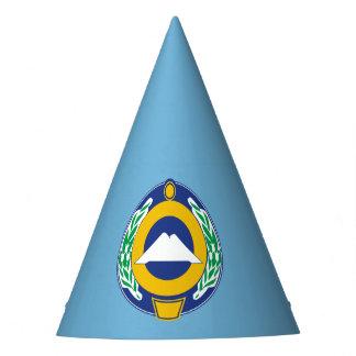 Chapeaux De Fètes Manteau des bras de Karachay-Cherkessia