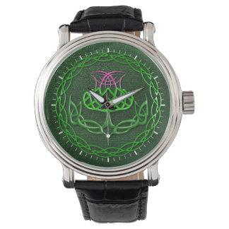 Chardon celtique coloré de noeud montres