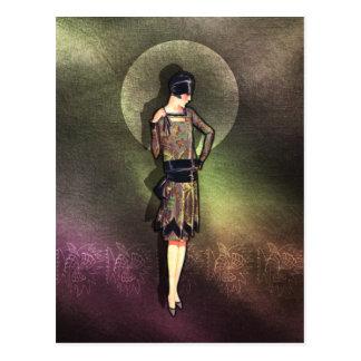 Charla - mode des années 1920 dans le Taupe, le Carte Postale