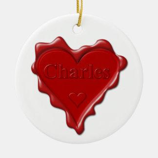 Charles. Joint rouge de cire de coeur avec Charles Ornement Rond En Céramique
