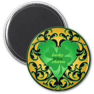 Charme chanceux du coeur de St Patrick Magnet Rond 8 Cm