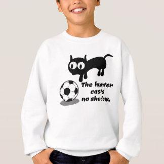 Chat chassant une boule sweatshirt