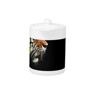 Chat dangereux de fourrure prédatrice de tigre
