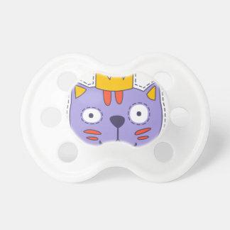 Chat dans une couronne tétine