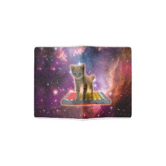 chat de clavier - chat tigré - minou protège-passeport