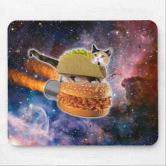 chat de taco et hamburger de fusée dans l'univers tapis de souris