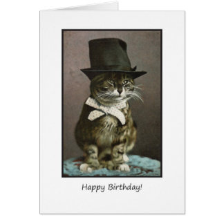 Chat drôle d'anniversaire dans le chapeau carte de vœux