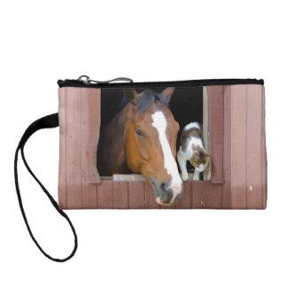 Chat et cheval - ranch de cheval - amants de porte-monnaie