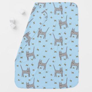 Chat et couverture de bébé de souris