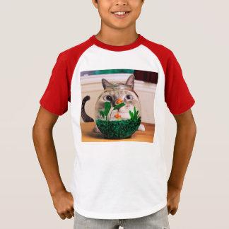Chat et poissons - chat - chats drôles - chat fou t-shirt