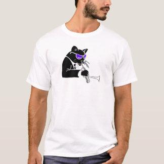 Chat étourdi de trompette t-shirt