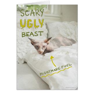 Chat laid effrayant carte de vœux