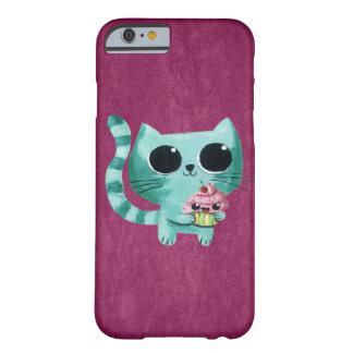 Chat mignon de Kitty avec le petit gâteau de Coque iPhone 6 Barely There