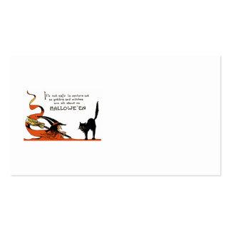 Chat noir de balai de sorcière carte de visite standard