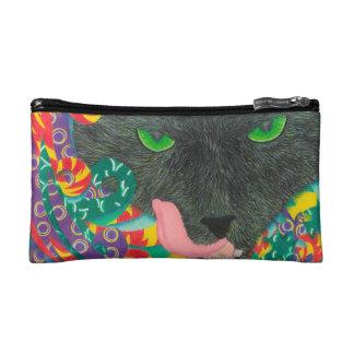 Chat noir effrayant de sac cosmétique avec les