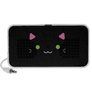 Chat noir mignon haut-parleur