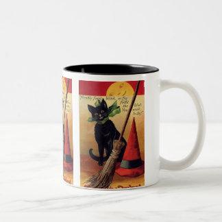 Chat noir vintage de Halloween, balai de sorcière Mug Bicolore