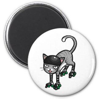 Chat tigré argenté sur RollerSkates Magnet Rond 8 Cm