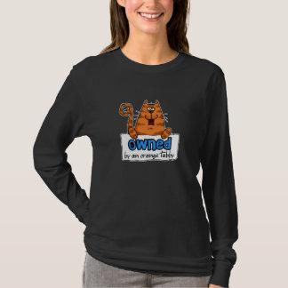 chat tigré orange possédé t-shirt