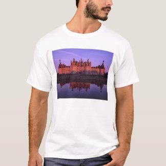 Château Chambord au coucher du soleil, le Val de T-shirt