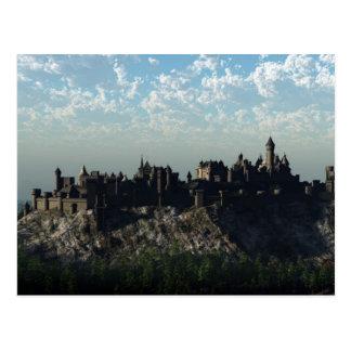 Château médiéval de sommet carte postale